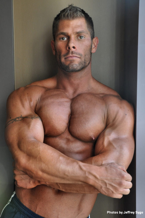 Tim Staggs photoshoot. Chest workout